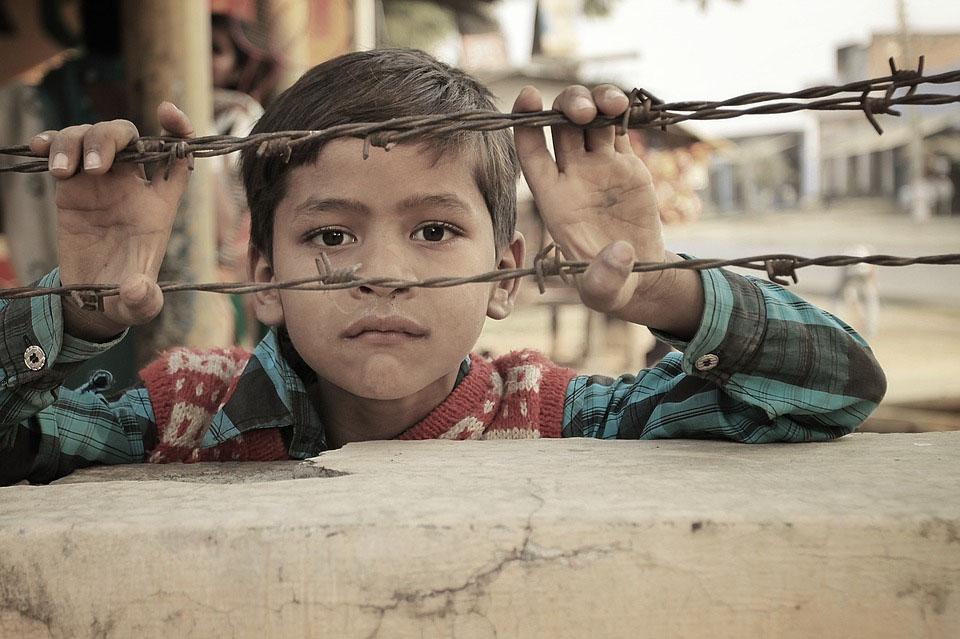बहस : बच्चों की दुनिया का हाल