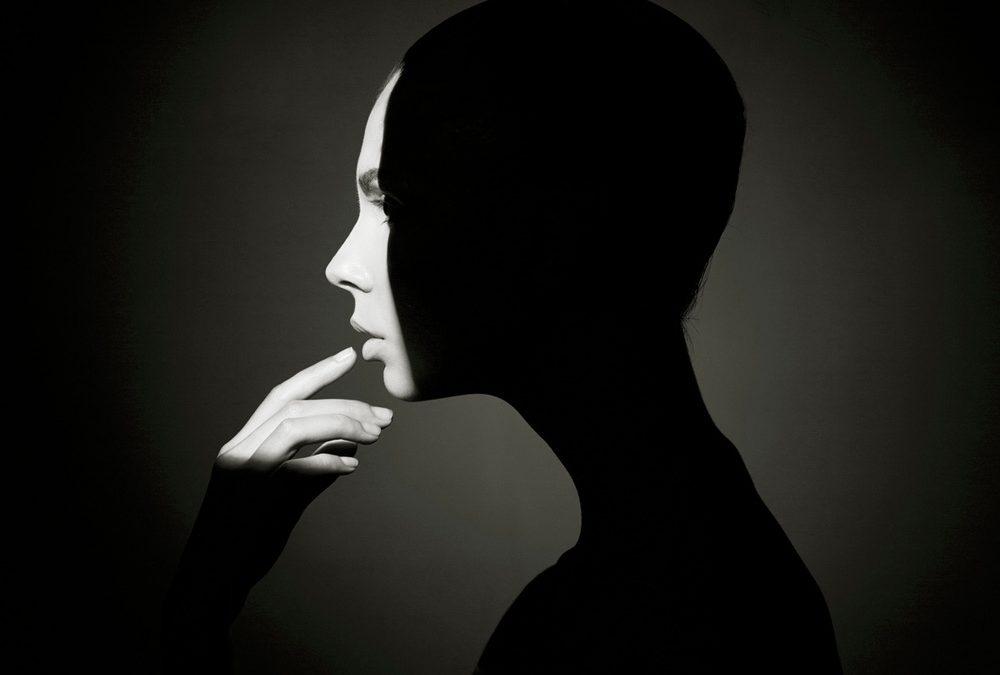 हम औरतें : कविता सिंह