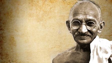 गांधी : पंकज चतुर्वेदी