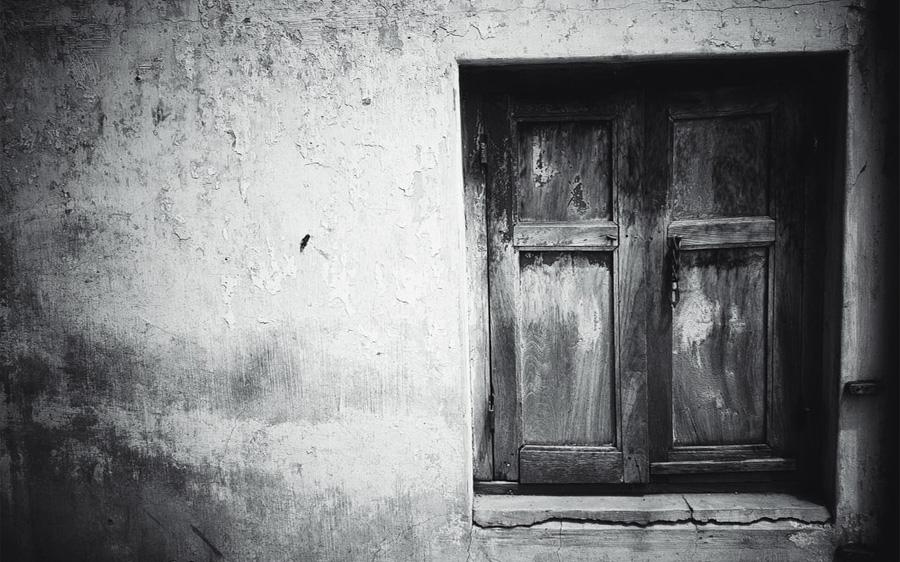 दो कविताएं-आवाज और सन्नाटा : शैलेय